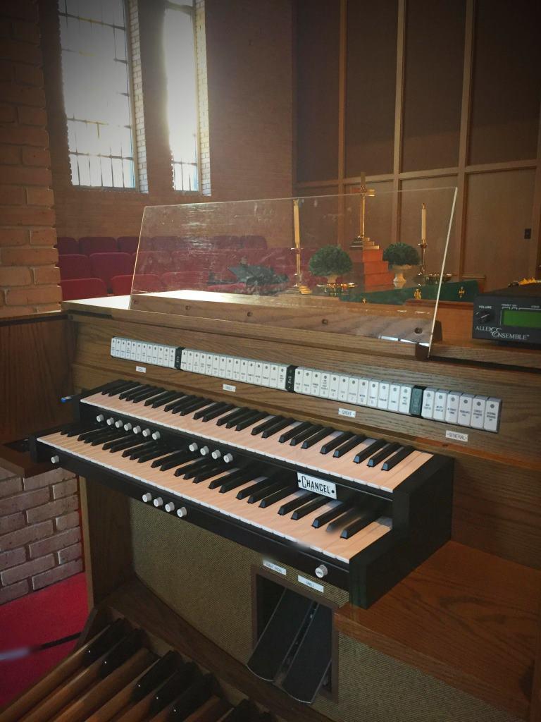Allen Chancel Organ at First Presbyterian Church, Alex City, Alabama