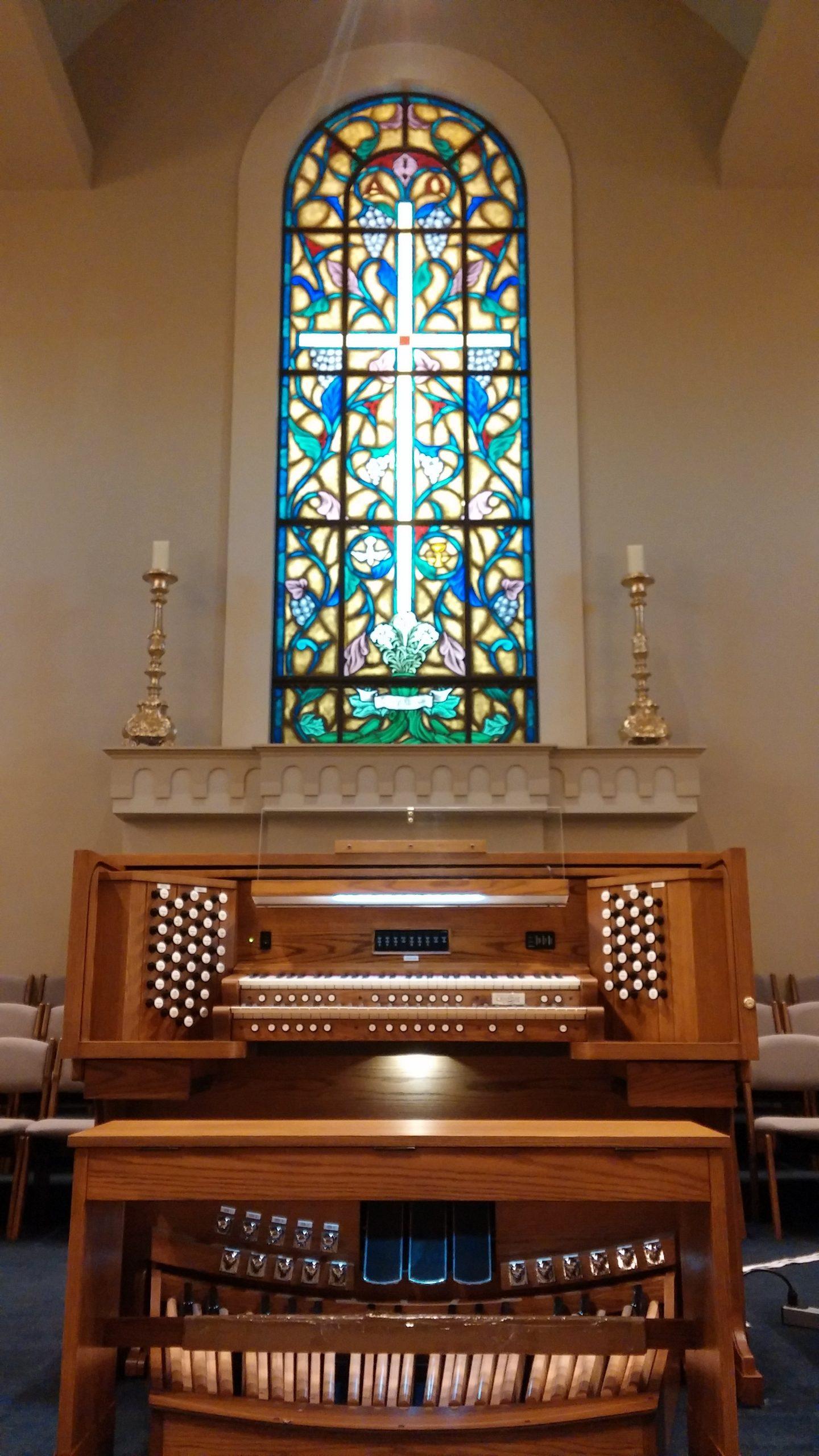 Allen Organ at Young Meadows Presbyterian Church in Montgomery, Alabama